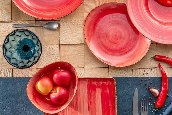 How to Choose the Dinnerware, Glassware and Flatware for your Table? Ceramic or Porcelain?