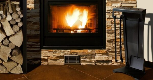 How to Choose the Log Holder to Match the Fireplace or Stove at Home